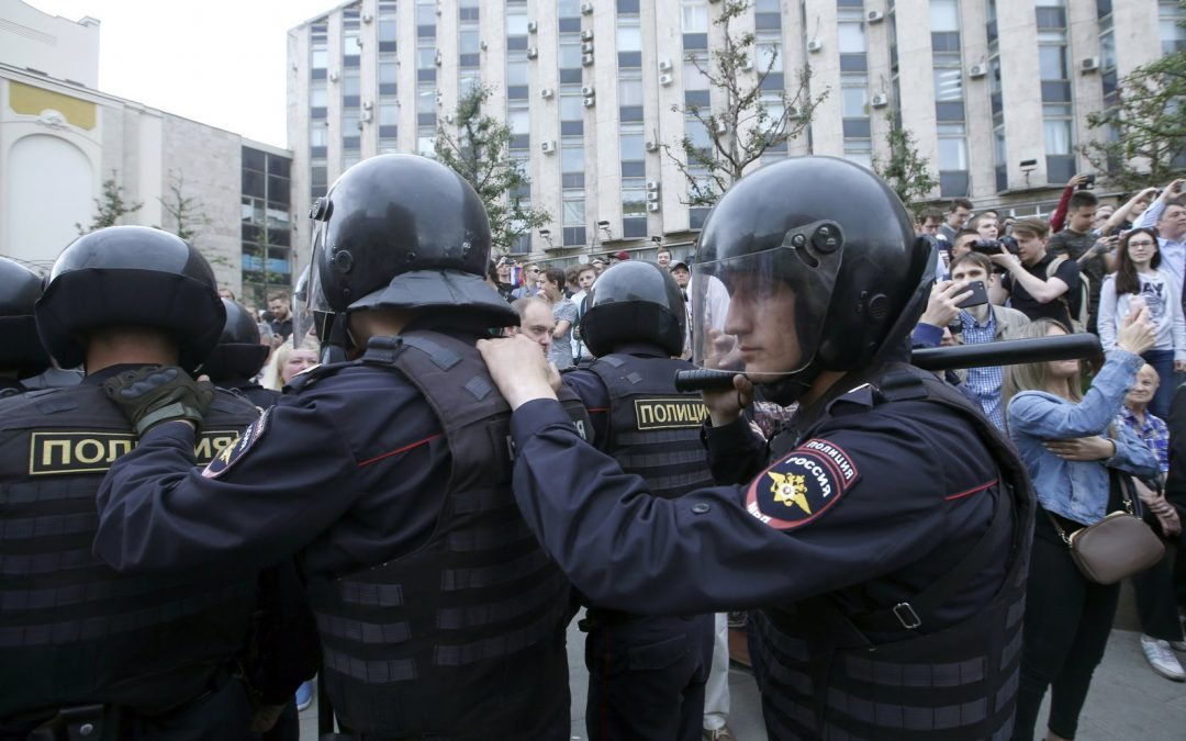 Kremlin Is Threatened by the Protests