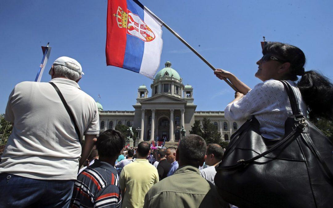 Rosja gra o Belgrad