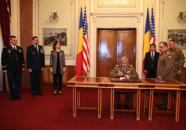 Romania Buys First 3 HIMARS American Rocket Systems, as Part of a $ 1.25 Billion Program