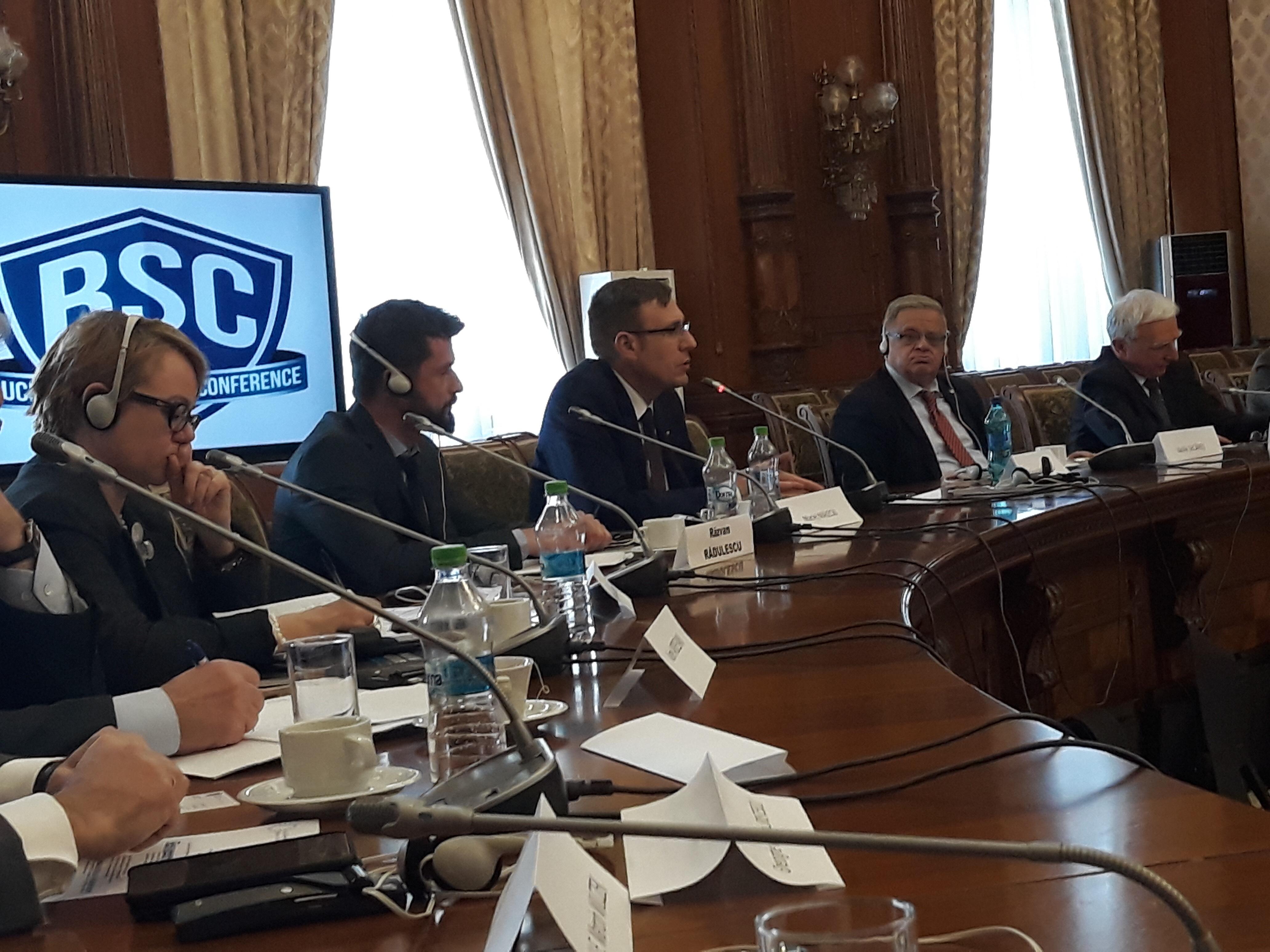 Maciej Małecki – Przewodniczący Komisji Energii i Skarbu Państwa przemawia na Konferencji Warsaw Institute w Bukareszcie