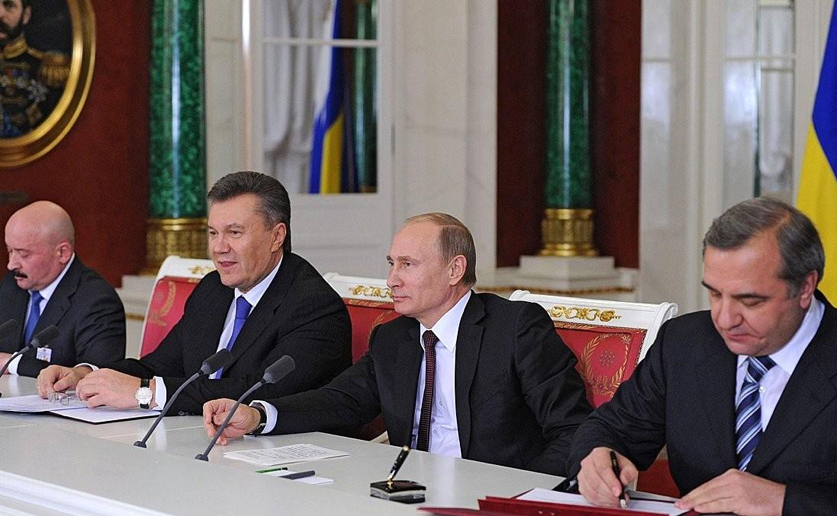 How Yanukovych facilitated the annexation of Crimea