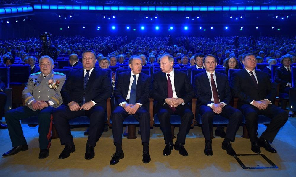 Siłowicy na Bliskim Wschodzie. Rosja gra z tercetem