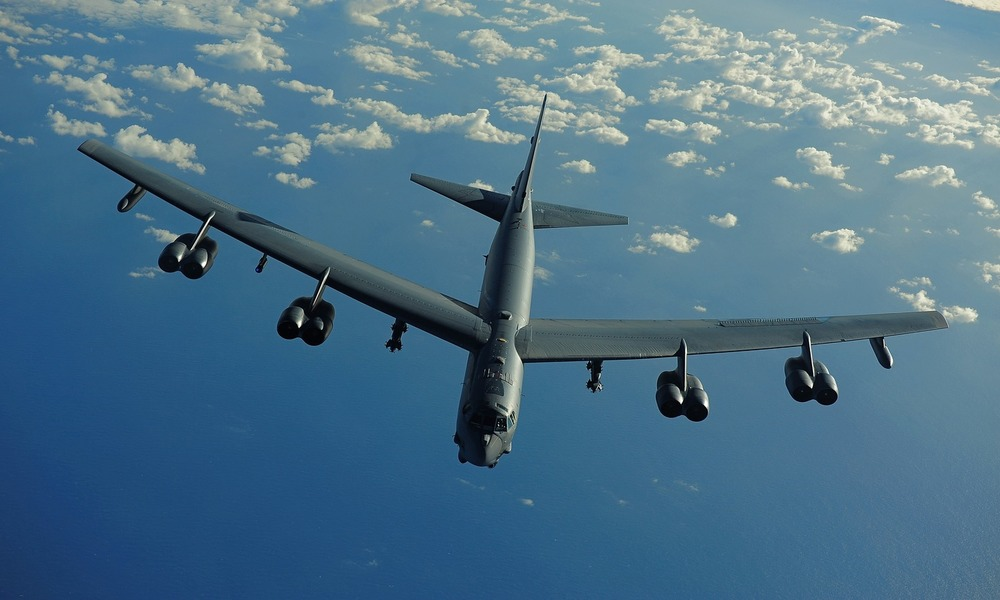 U.S. Stratofortress Jets Perform a Simulated Attack on Russia's Fleet