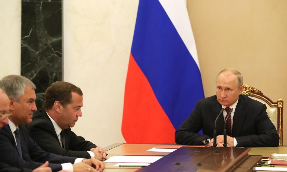 Putin wciąż traci zaufanie Rosjan