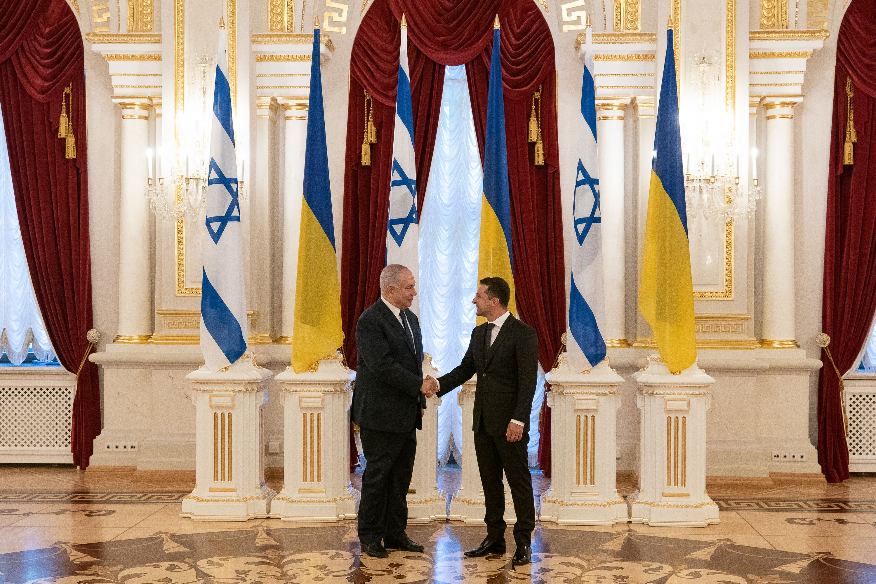 Netanyahu Looks for Israeli Voters in Ukraine