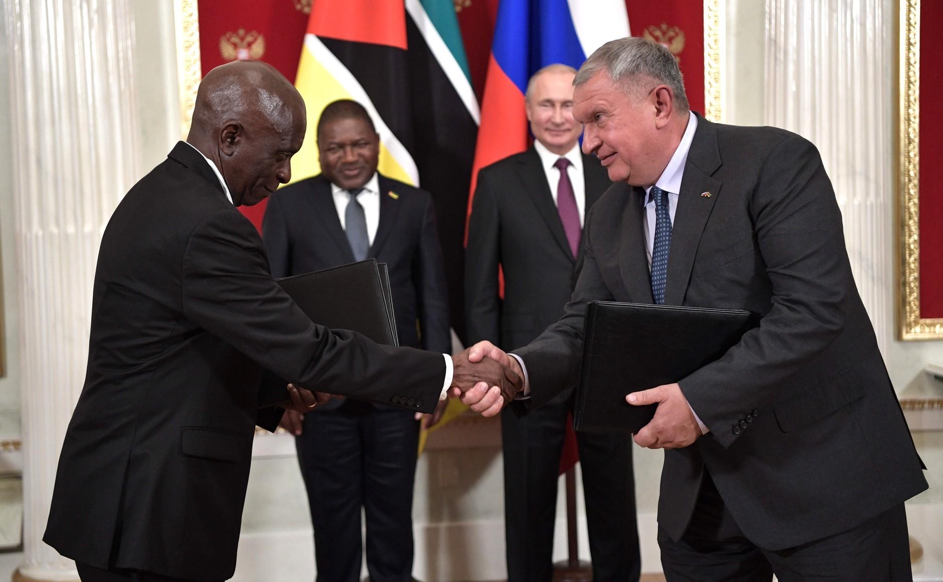 Prezydent Mozambiku na Kremlu, korzyści dla Rosnieftu