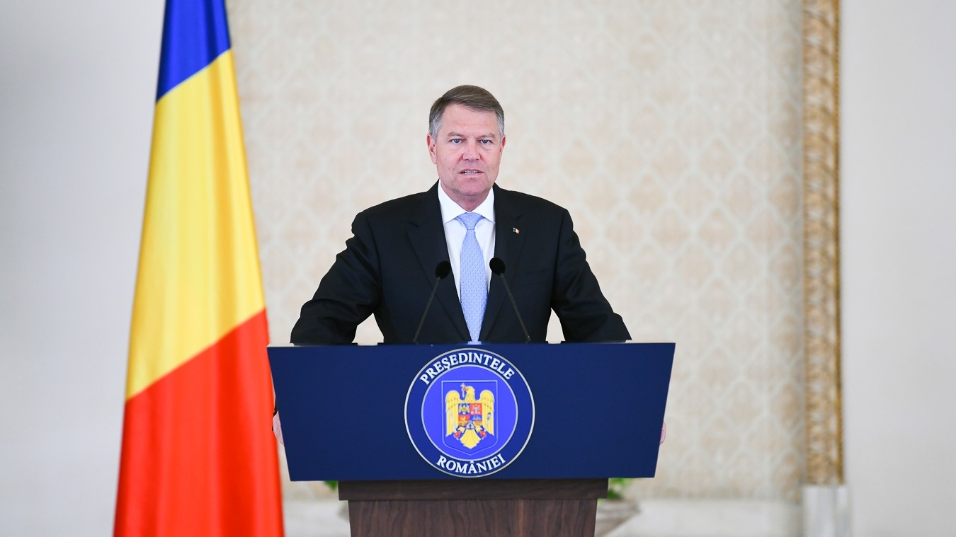 Ten candidates will compete for the position of the President of Romania