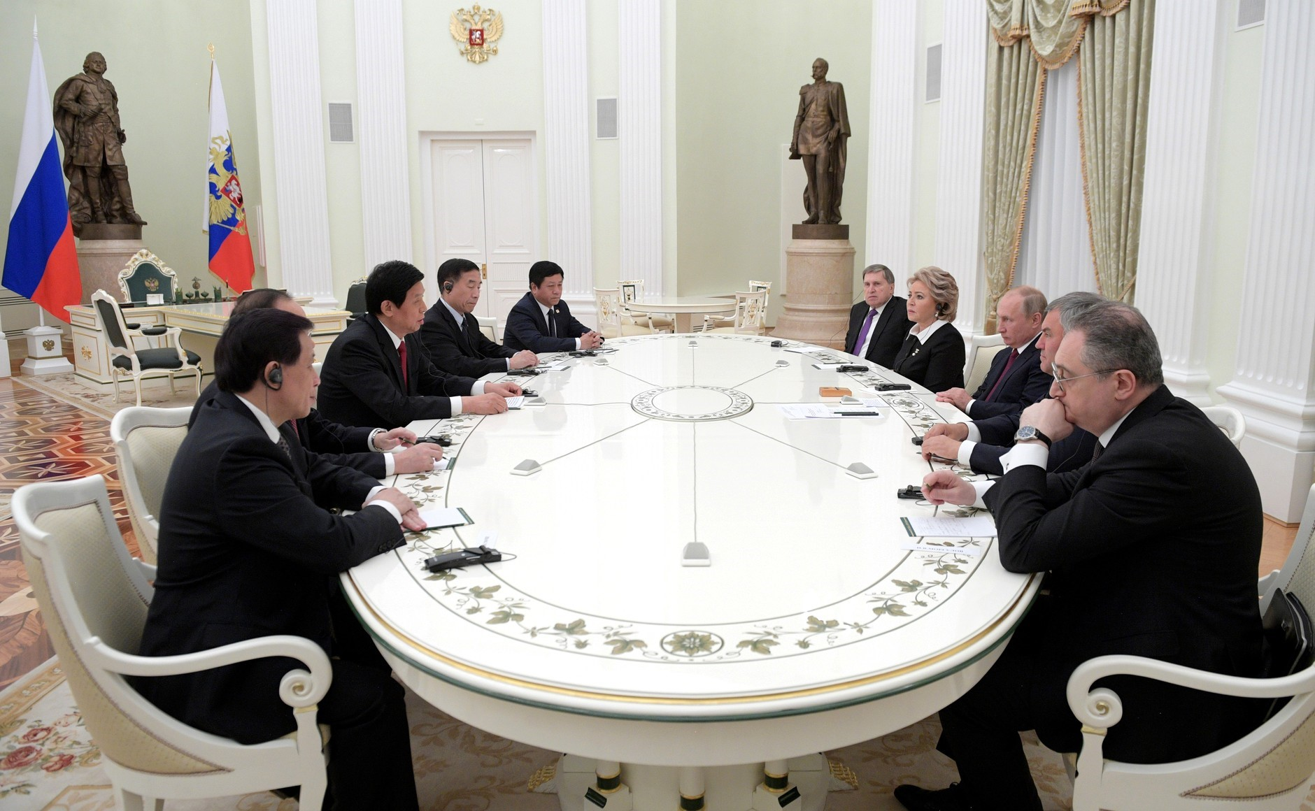 Putin Meets China's Parliament Chairman in the Kremlin