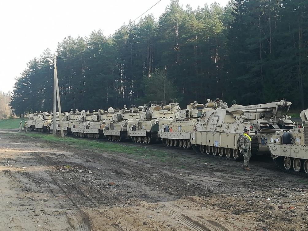 Kto się boi amerykańskich czołgów na Litwie?