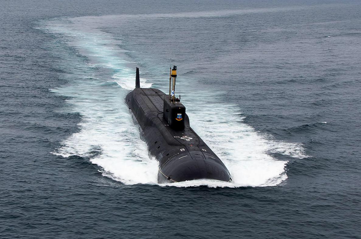 Podwodne manewry Rosjan. Historyczny test Buławy