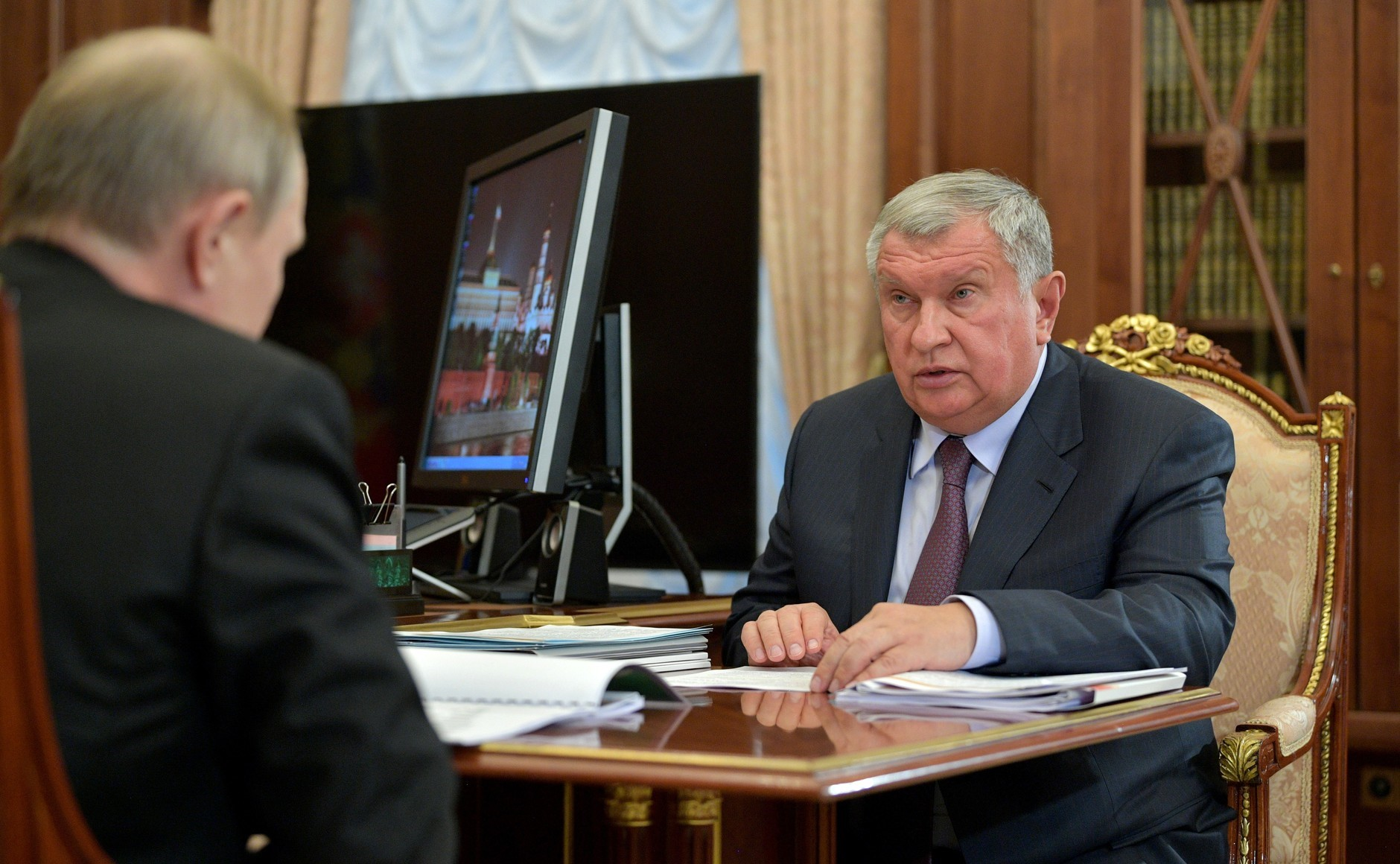 Russia's Rosneft Hits Record-High Profits and Pays Out Biggest-Ever Dividends