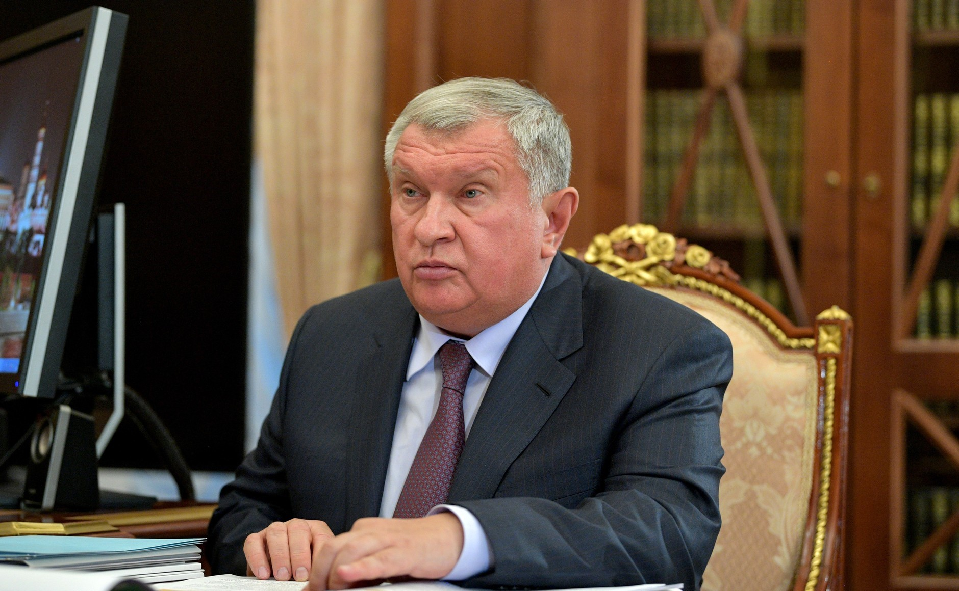 Russian Oil Tycoon Embroiled in War, Sechin Becomes Public Enemy No. 1