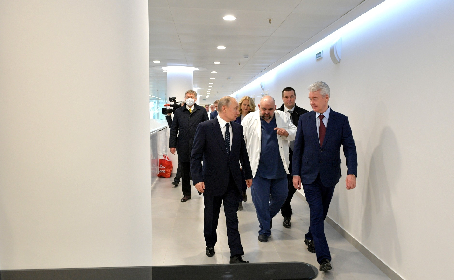 Coronavirus in Russia: Moscow's Sobyanin Plays a Risky Game