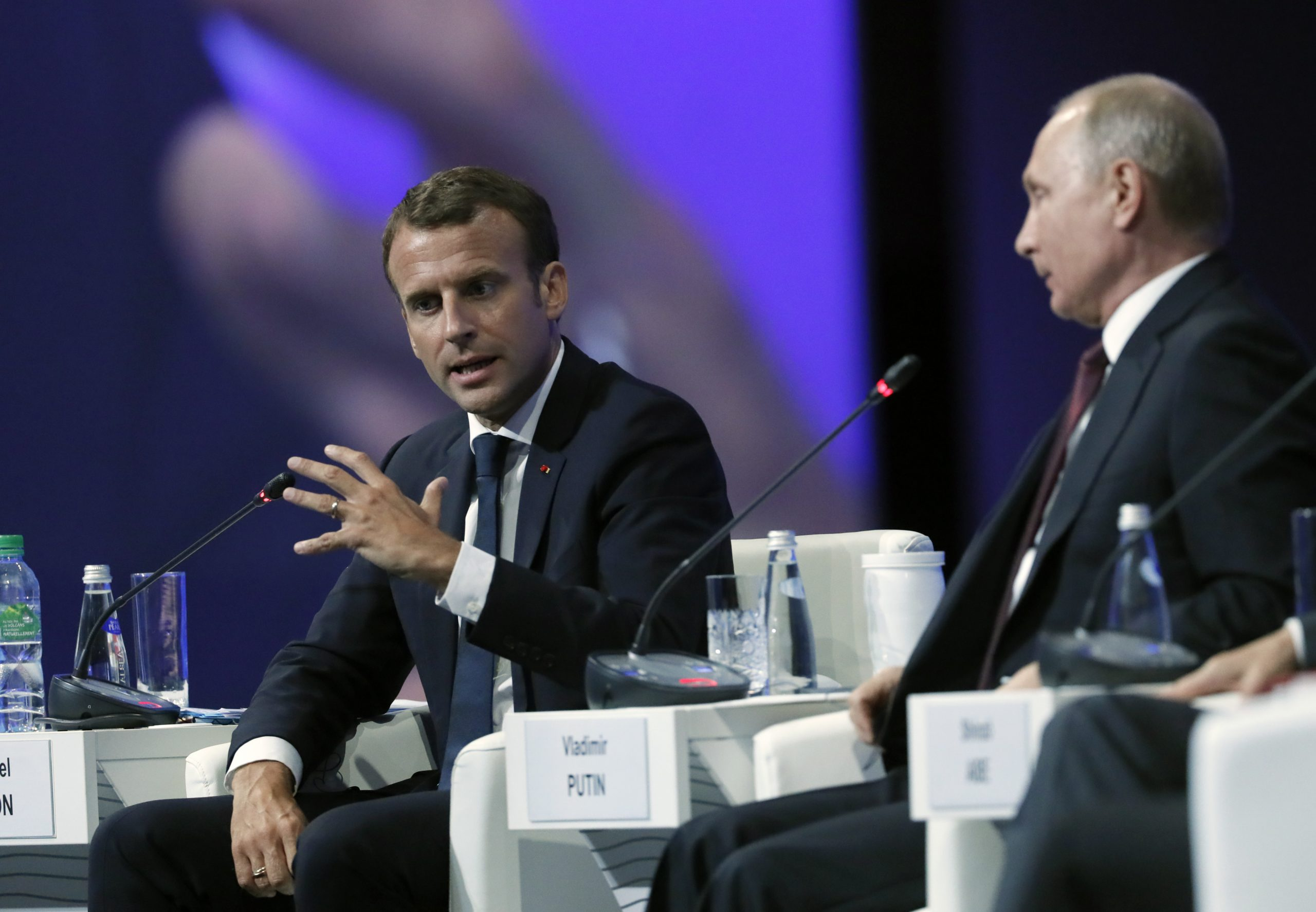 Emmanuel Macron and French-Russian relations in times of crisis in international alliances