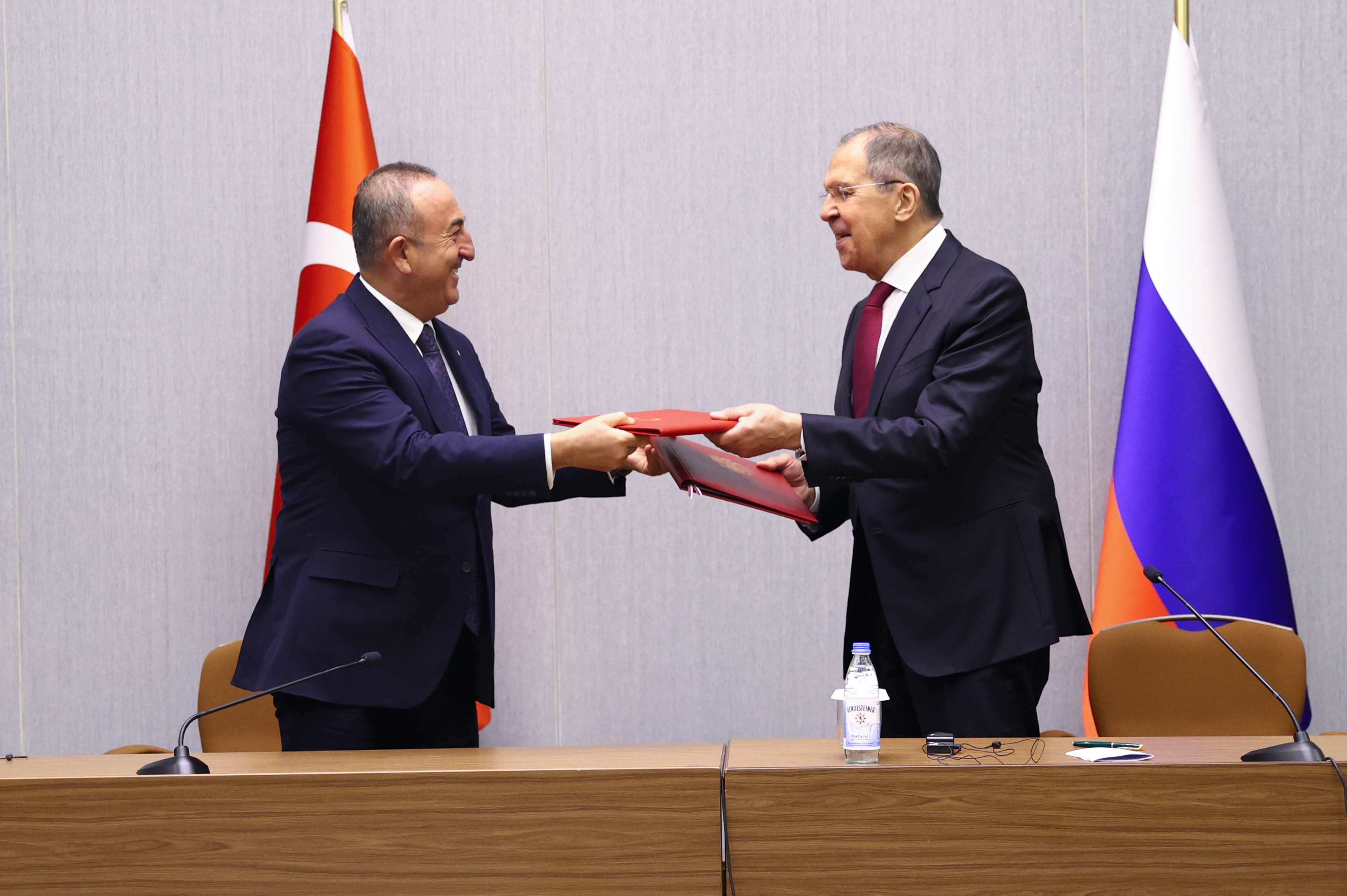 Russia Gives Way to Turkey in the Caucasus