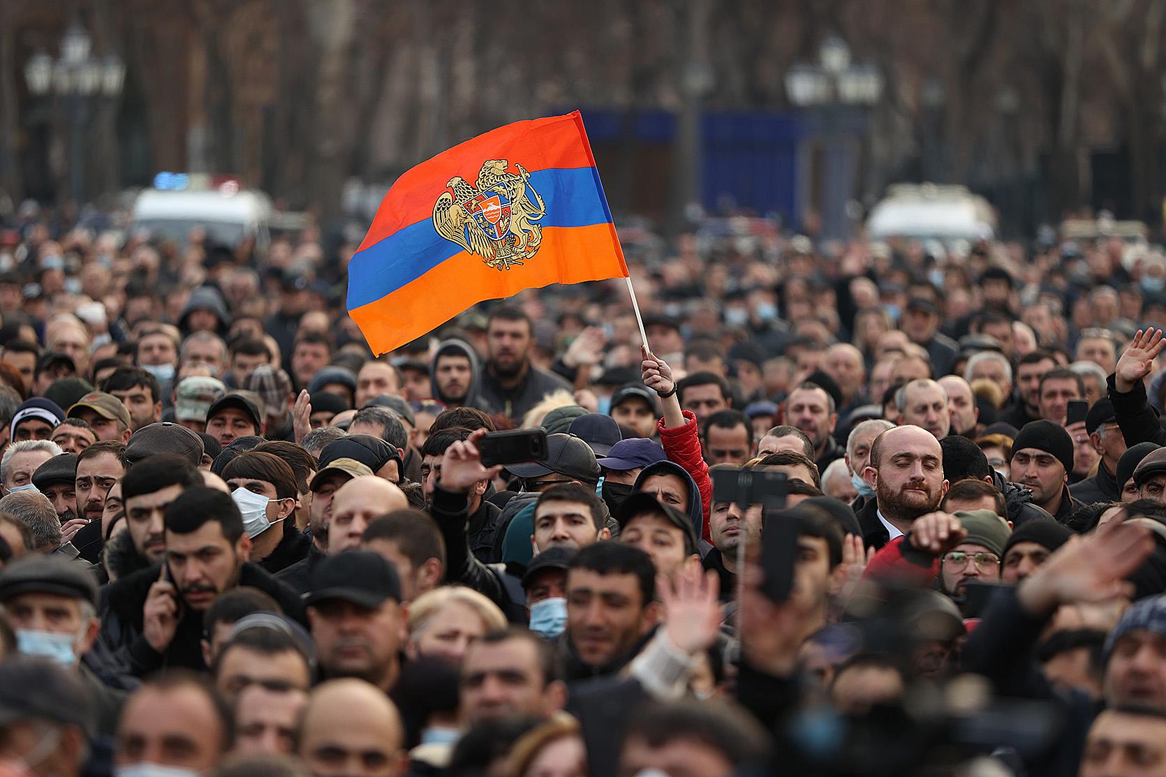 Kryzys w Armenii. Co zrobi Rosja?