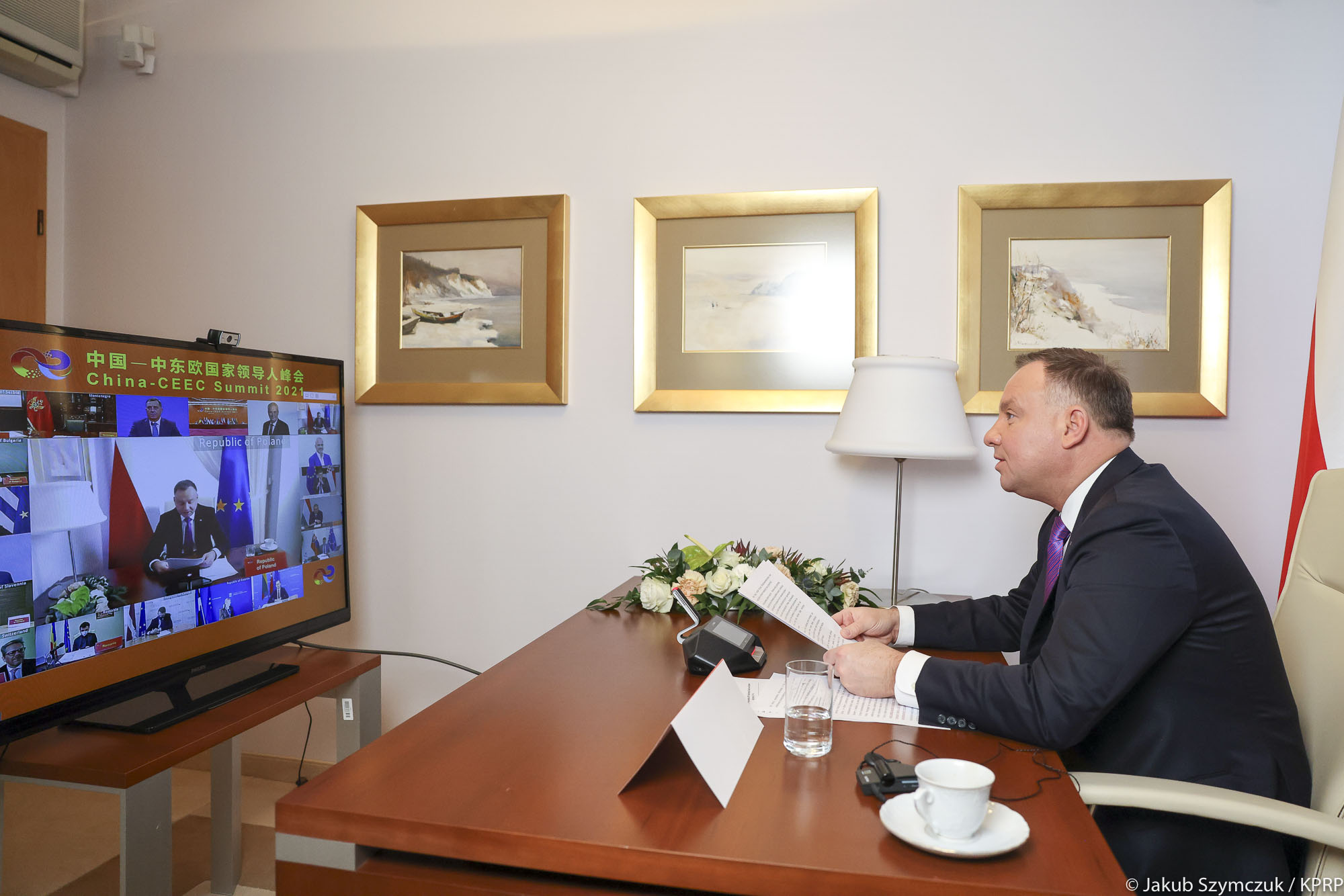 Polish President Speaks with Xi Jinping