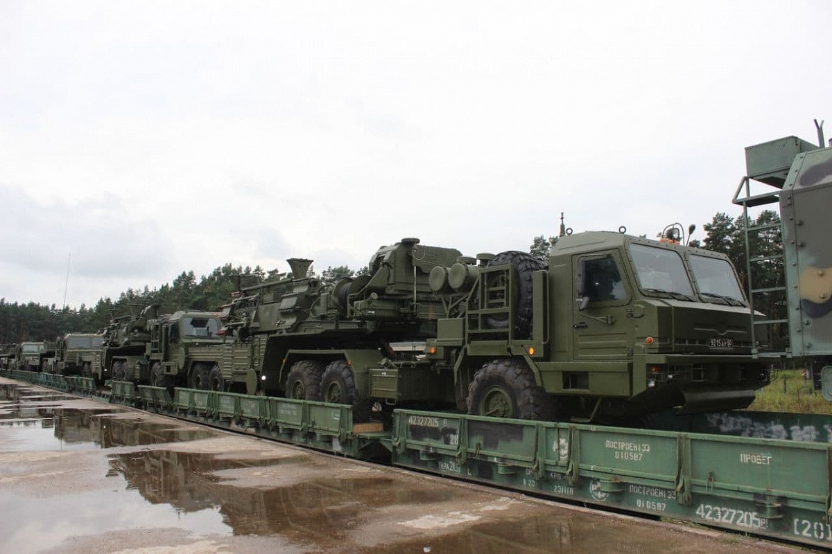 Russia Deploys Missile Forces To Grodno, Belarus